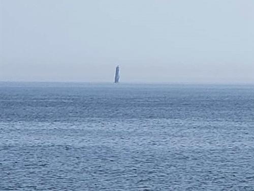 貝殻島灯台.jpg