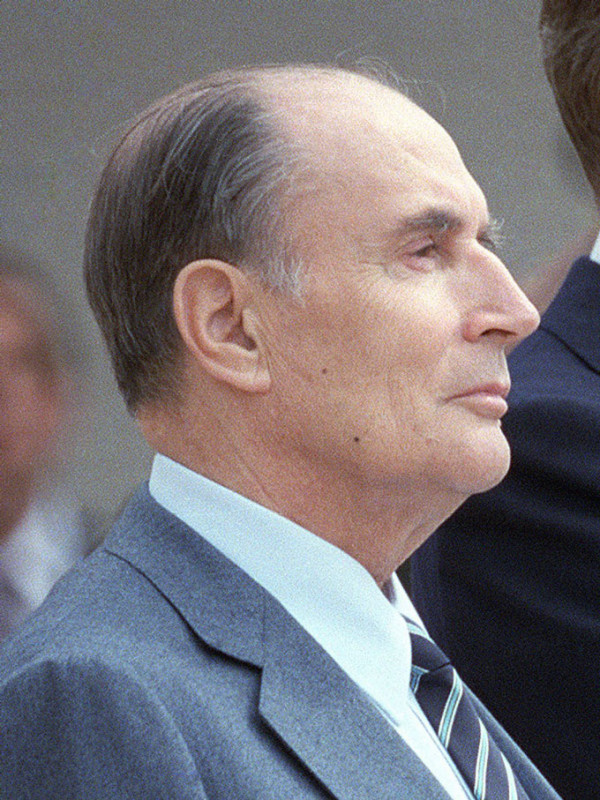 Reagan_Mitterrand_1984_(cropped)1