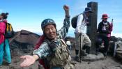 還暦を過ぎてから毎日富士山に登り続け、登頂回数が1,300回を超えた男性。 【10時のグッとストーリー】