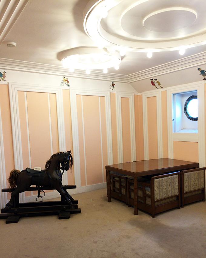 氷川丸,一等児童室