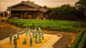 小豆島の映画村にあの日のまま輝き続ける『二十四の瞳』 「あけの語りびと」(朗読公開)