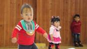 「赤ちゃんヨチヨチ歩き競争」を成田ゆめ牧場で開催! 【ハロー千葉】