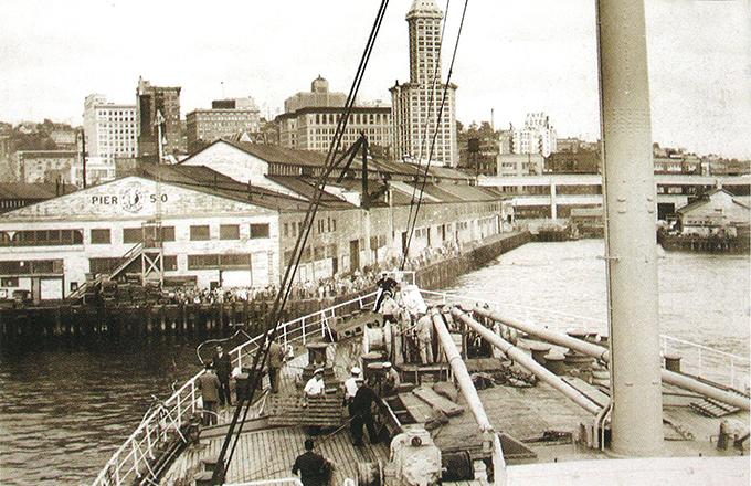 氷川丸,1930年,シアトル港入港風景