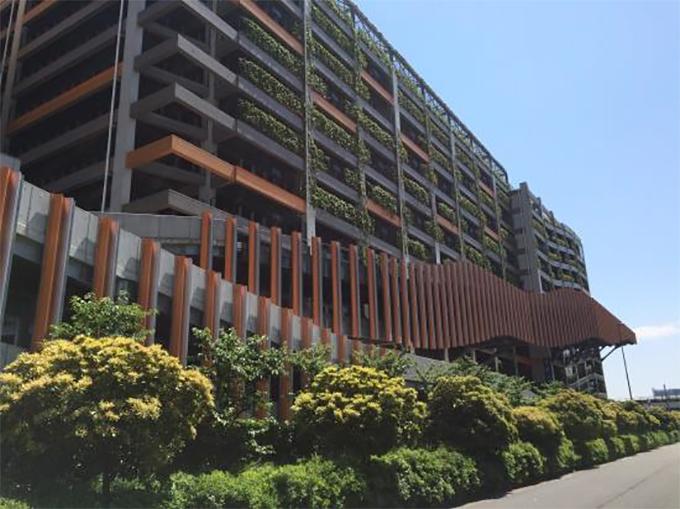「ダイバーシティ東京プラザ駐車場特設コース」外観(w680)
