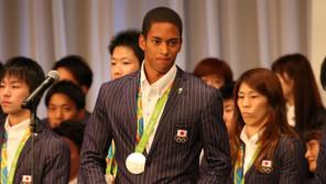 いよいよプロ始動!リオ五輪・陸上男子400mリレー・銀メダリスト・ケンブリッジ飛鳥(23歳)スポーツ人間模様