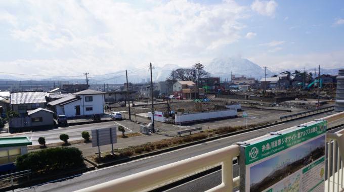 bl170327-3(糸魚川市街)