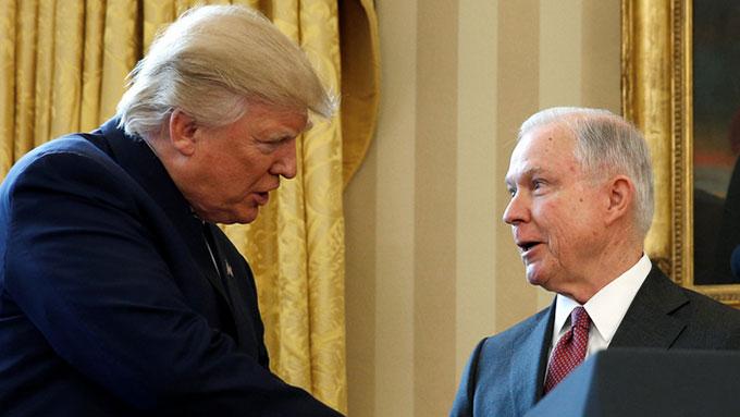 トランプ大統領が今度はセッションズ司法長官を解任か?【高嶋ひでたけのあさラジ!】