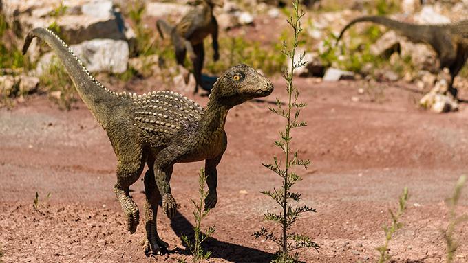 """恐竜は""""恐ろしいほど大きいトカゲ"""""""