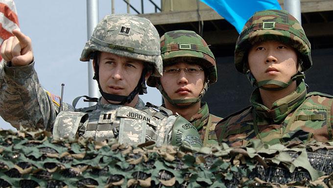 北朝鮮兵板門店亡命~エリート軍人か