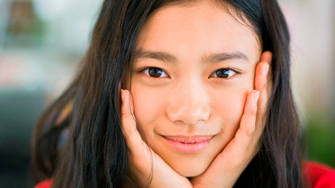 いま最も旬な女優・杉咲花が、ラジオ番組のナビゲーターに初挑戦!