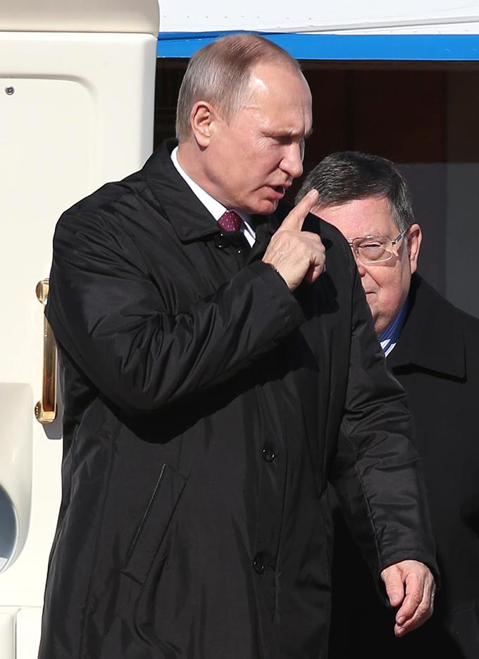 プーチン 大統領 ロシア 来日 羽田空港