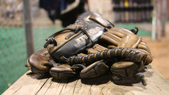 プロ野球審判もキャンプイン 個性的な独自ポーズの秘密とは?