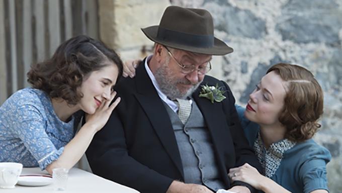 ウイスキーをめぐる芳醇でユーモラスな実話『ウイスキーと2人の花嫁』