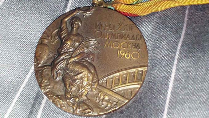 冬季五輪で思い出す、銅メダルの笑顔と尻餅が1番人気。10位は幸せな結婚へ