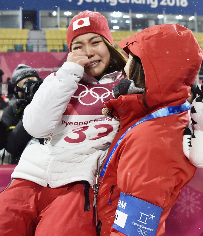 スキー ジャンプ女子 銅メダル 高梨沙羅 山田いずみ コーチ