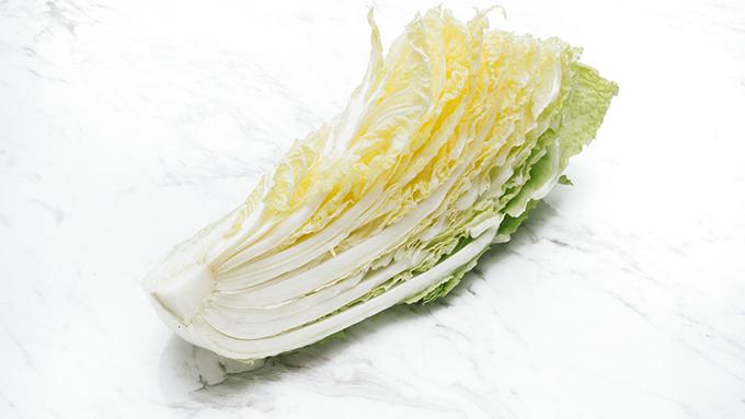 栄養バランスの優秀なハクサイとカロリーが同じ野菜は?