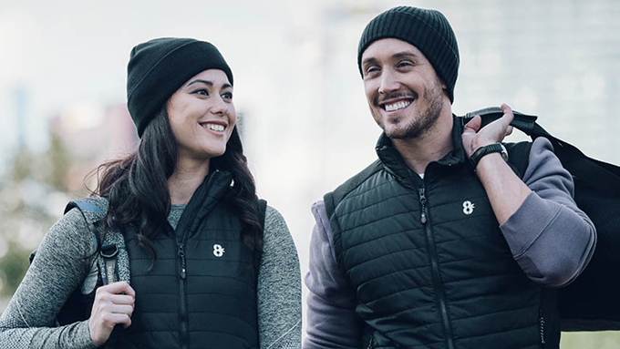 真冬の屋外でもポカポカ! スマホで温度調節するハイテクヒートジャケット