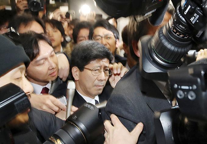 佐川 宣寿 国税庁 長官 麻生 太郎 財務相