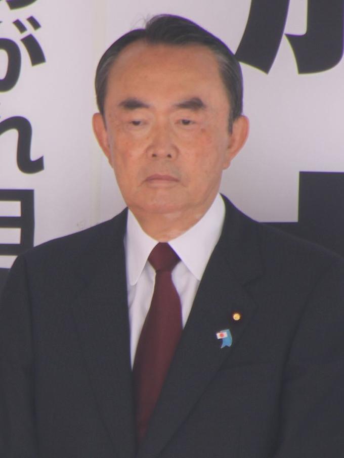 平沼赳夫 新宿駅 西口 街頭 演説