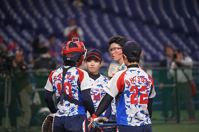 太陽誘電 上野 投手 藤田 投手