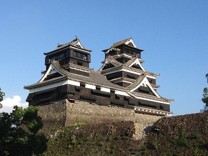 熊本城 地震 後 平左衛門丸石垣 大小天守 屋根瓦 崩落