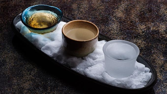「雪冷え」や「飛び切り燗」は何℃? 成分によって適した温度が違う日本酒の世界