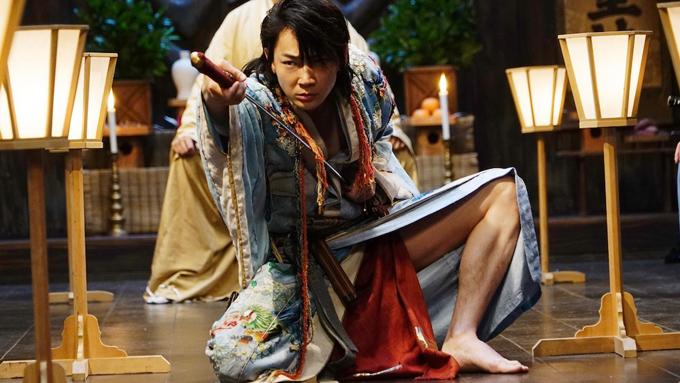 綾野剛、ぶっ飛んだ映画が出来ちゃいました!『パンク侍、斬られて候』