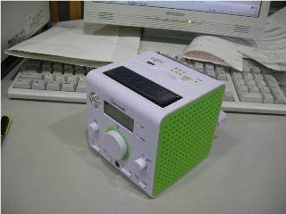 充電ラジオ前面.jpg