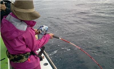1020マグロ釣り5.jpg