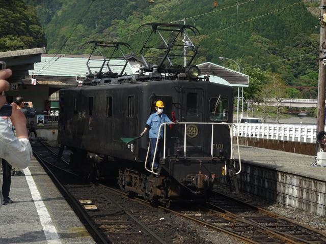 大井川鐵道の11時間耐久「長距離...