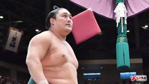 4日間で懸賞金306万円 大相撲東前頭筆頭・隠岐の海歩(31歳) スポーツ人間模様