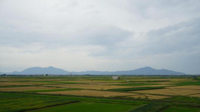 弥彦の山々