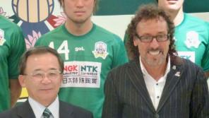 「冗談じゃない。おれはリハビリなんかやらない。今、自主トレの最中だ!」元サッカー日本代表・J2岐阜前監督・ラモス瑠偉(60歳) スポーツ人間模様