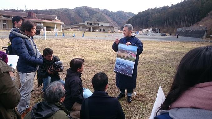 遺族が震災の体験を語り継ぐ「伝承の会」の様子