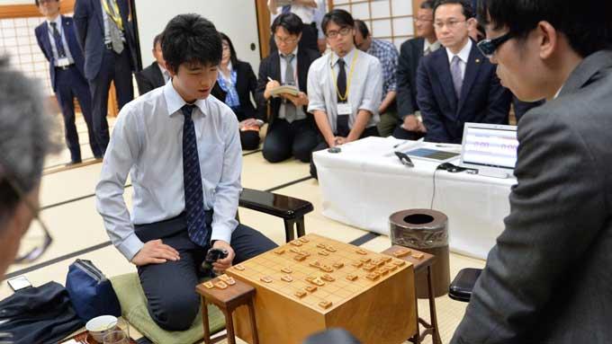 藤井聡太四段でブーム到来!プロ棋士「天才・奇人」伝説【ひでたけのやじうま好奇心】