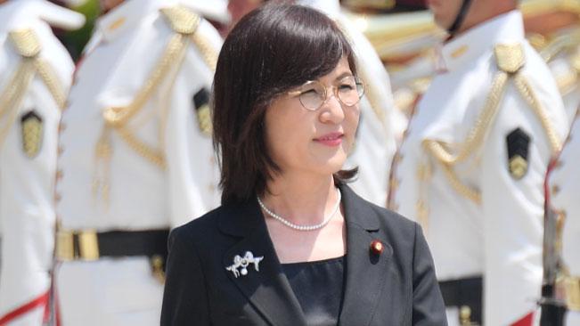 稲田前防衛大臣が離任式に出席~任命は安倍総理最大のミス!?【高嶋ひでたけのあさラジ!】