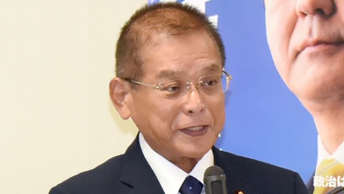 憲法改正~安倍総理の案に石破氏が反論