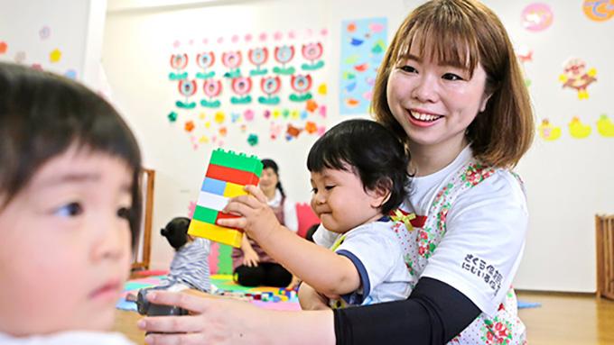 奄美大島で保育園を引き継ぎ教育に力を注ぐ若き園長さん