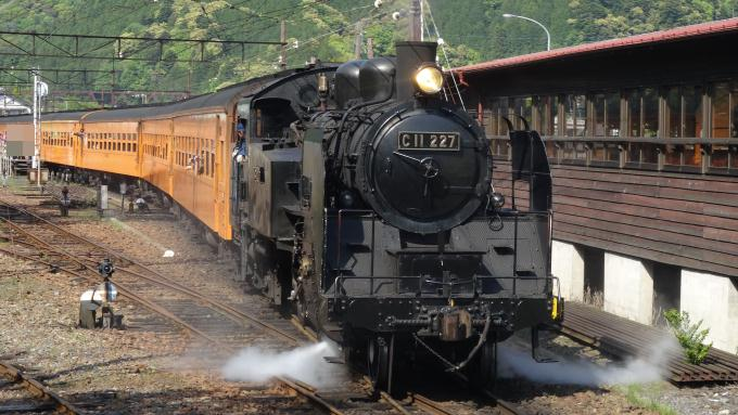 C11形蒸気機関車227号機