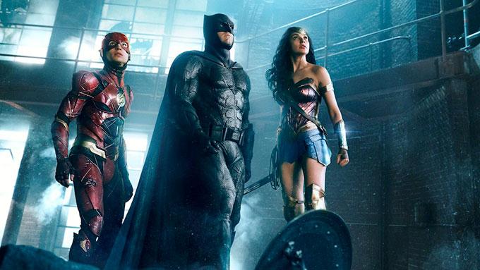 DCコミックヒーローたちがドリームチームを結成!『ジャスティス・リーグ』