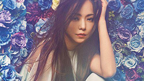安室奈美恵の豪華ベストアルバム『Finally』が堂々第1位獲得!