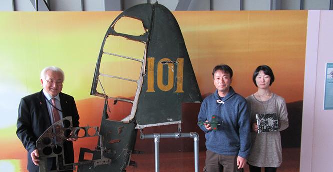 日本に艦上偵察機「彩雲」の尾翼を持ち帰った飛行機愛好家