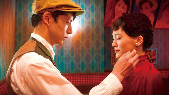 綾瀬はるか×坂口健太郎、映画のヒロインと恋に落ちる!?『今夜、ロマンス劇場で』