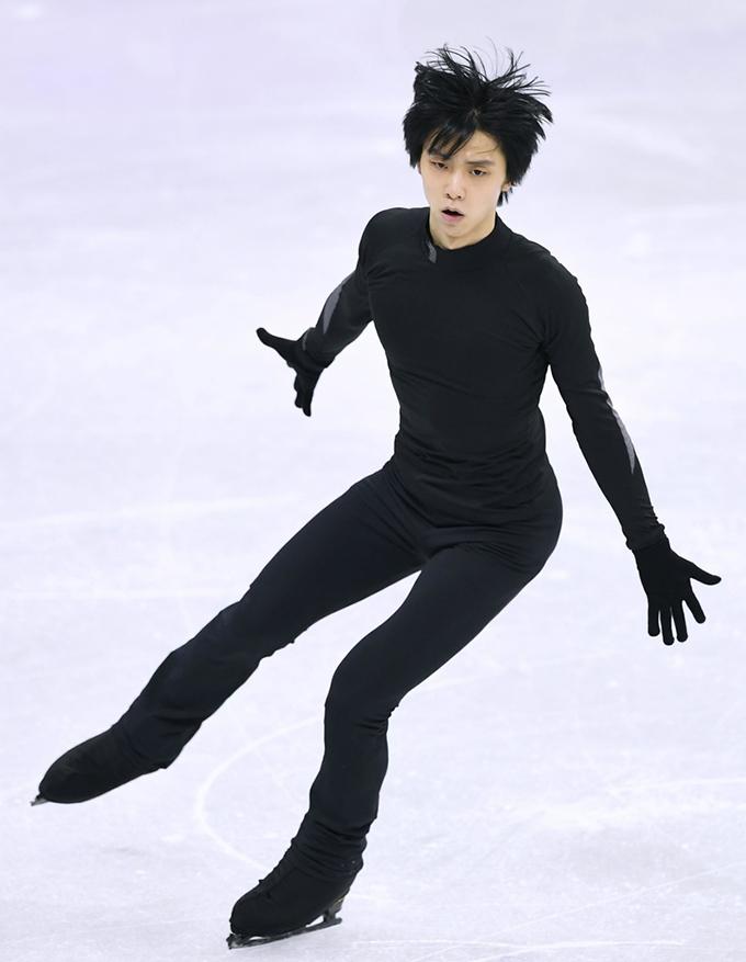 羽生結弦 フィギュアスケート 公式練習