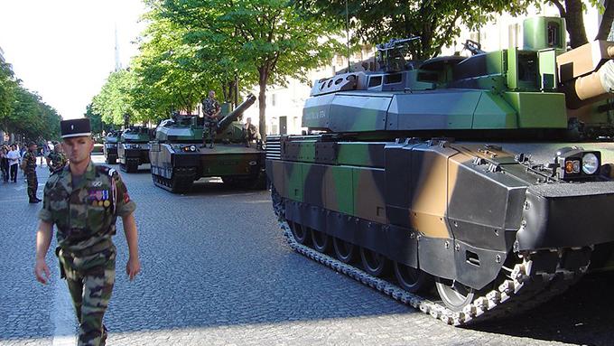 軍事パレードを夢想するトランプ大統領の心理状態とは?