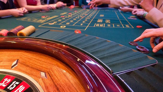 「カジノ入場は週3回まで」は妥当か?~ギャンブル依存症対策