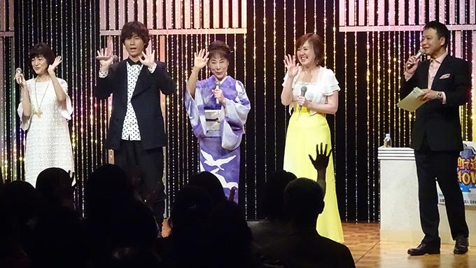 原田悠里、津軽ではりんごと桜が一緒に咲くって本当だった!?