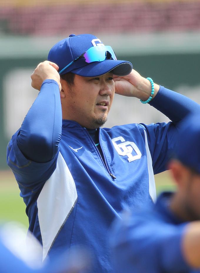 松坂大輔 プロ野球 広島 中日 試合前 練習