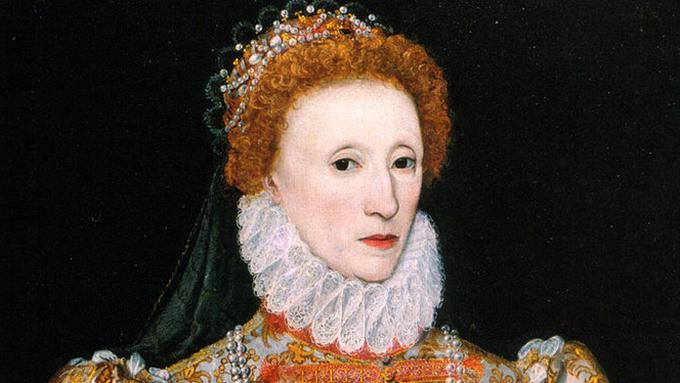 世界で初めてシルクで編んだストッキングを履いた女王は?