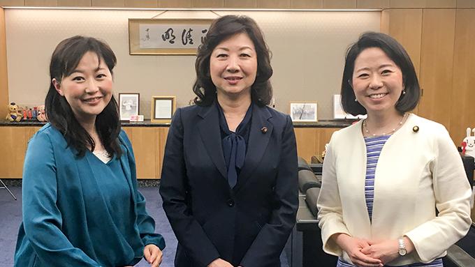 野田聖子総務大臣 「乳児用液体ミルク」は災害時と働き方改革の両方で期待